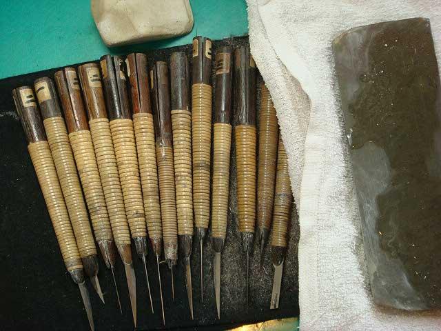 印刀は印鑑を彫る道具です。