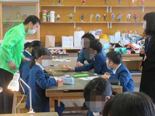 英田小学校の出前はんこ講座